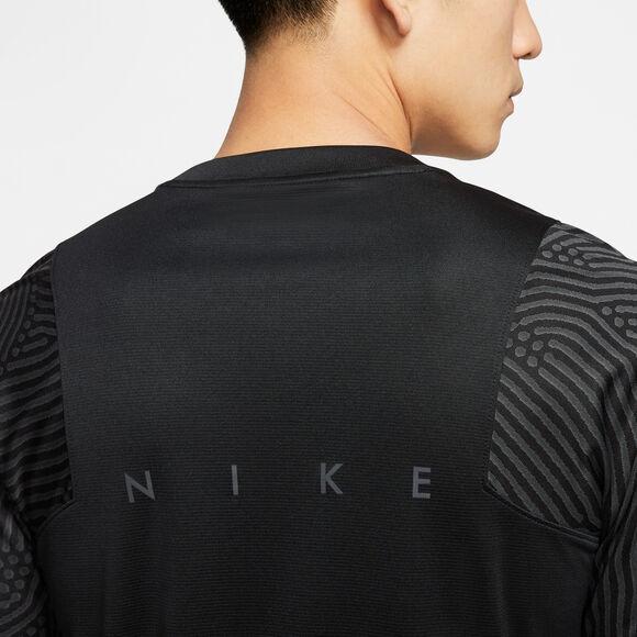 Dri-FIT Strike shirt