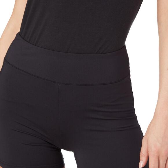 Kally short