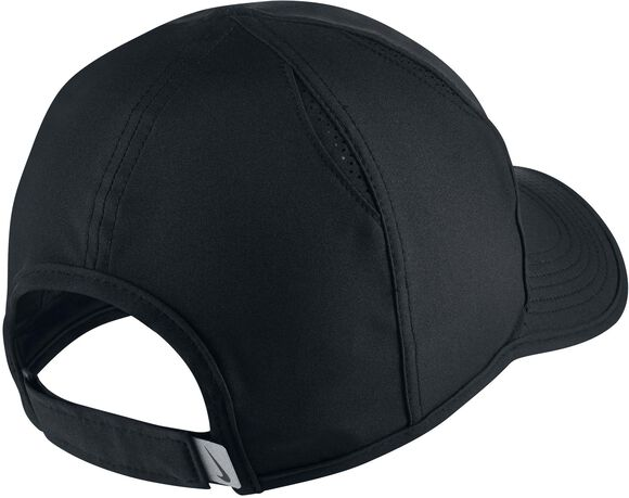 Featherlight cap