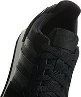 8K sneakers
